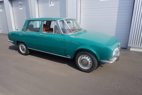 1968 Alfa Romeo 1750 Berlina, first series with standing pedals For Sale (picture 1 of 6)