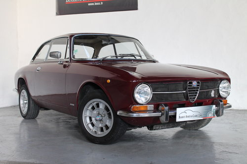 1972 Alfa Romeo Giulia GT 1300 Junior For Sale (picture 1 of 6)