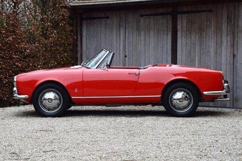 1964 Alfa Romeo Giulia 1600 Spider (LHD) For Sale (picture 2 of 6)