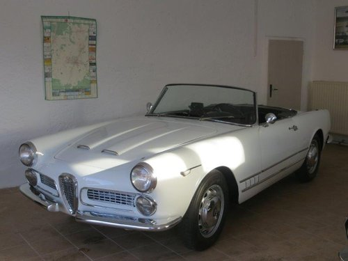 1959 Alfa Romeo  2000 spider touring For Sale (picture 1 of 5)