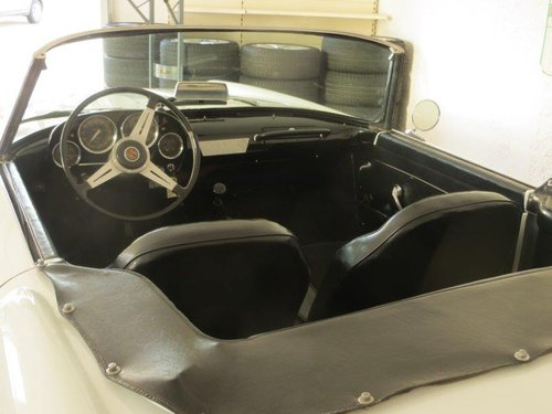 1959 Alfa Romeo  2000 spider touring For Sale (picture 4 of 5)