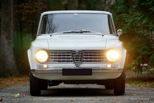 1964 A very original Alfa Romeo Giulia 1300 Fantastic condition For Sale (picture 2 of 6)