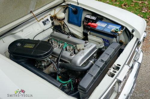 1964 A very original Alfa Romeo Giulia 1300 Fantastic condition For Sale (picture 4 of 6)