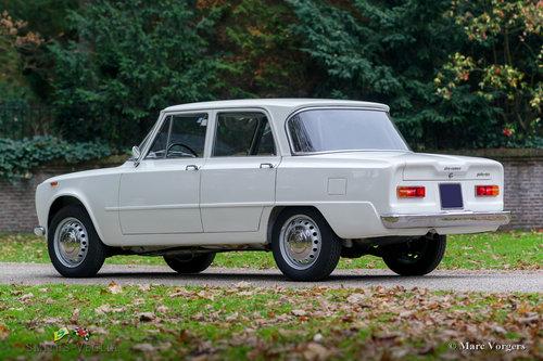 1964 A very original Alfa Romeo Giulia 1300 Fantastic condition For Sale (picture 6 of 6)