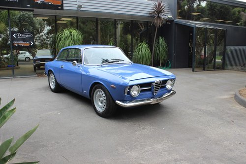 1967 Alfa Romeo Sprint GT For Sale (picture 1 of 6)