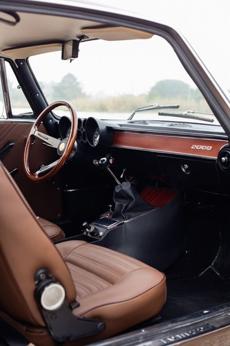 1975 Alfa Romeo 2000 GTV Fully Restored For Sale (picture 5 of 6)