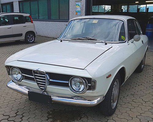 1967 ALFA ROMEO GT JUNIOR 1300 VERY FIRST SERIES For Sale (picture 1 of 6)
