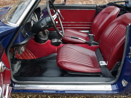1966 Alfa Romeo Spider Duetto 1600 German car, highly original. For Sale (picture 3 of 6)