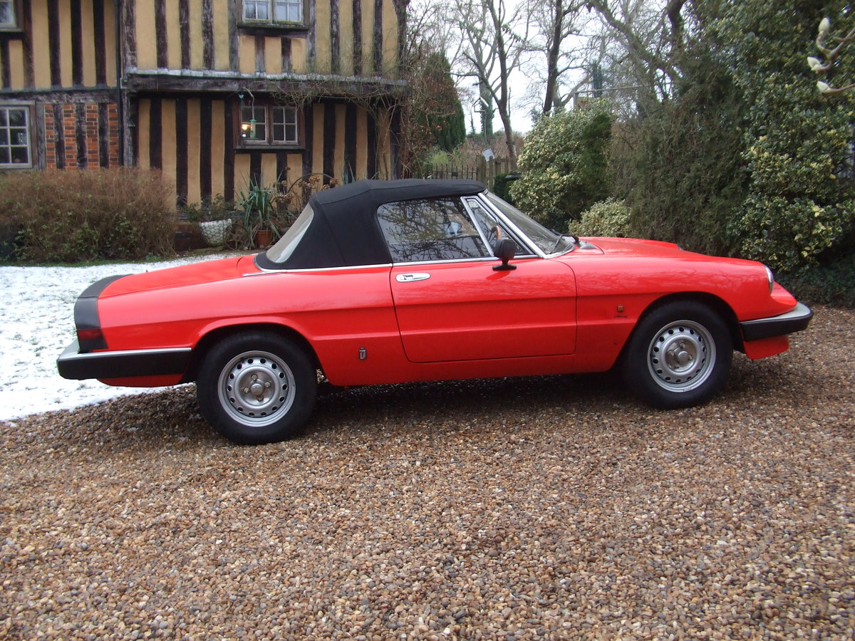1985 ALFA SPIDER S3  2.0L ORIGINAL RHD  GREAT CAR For Sale (picture 4 of 6)