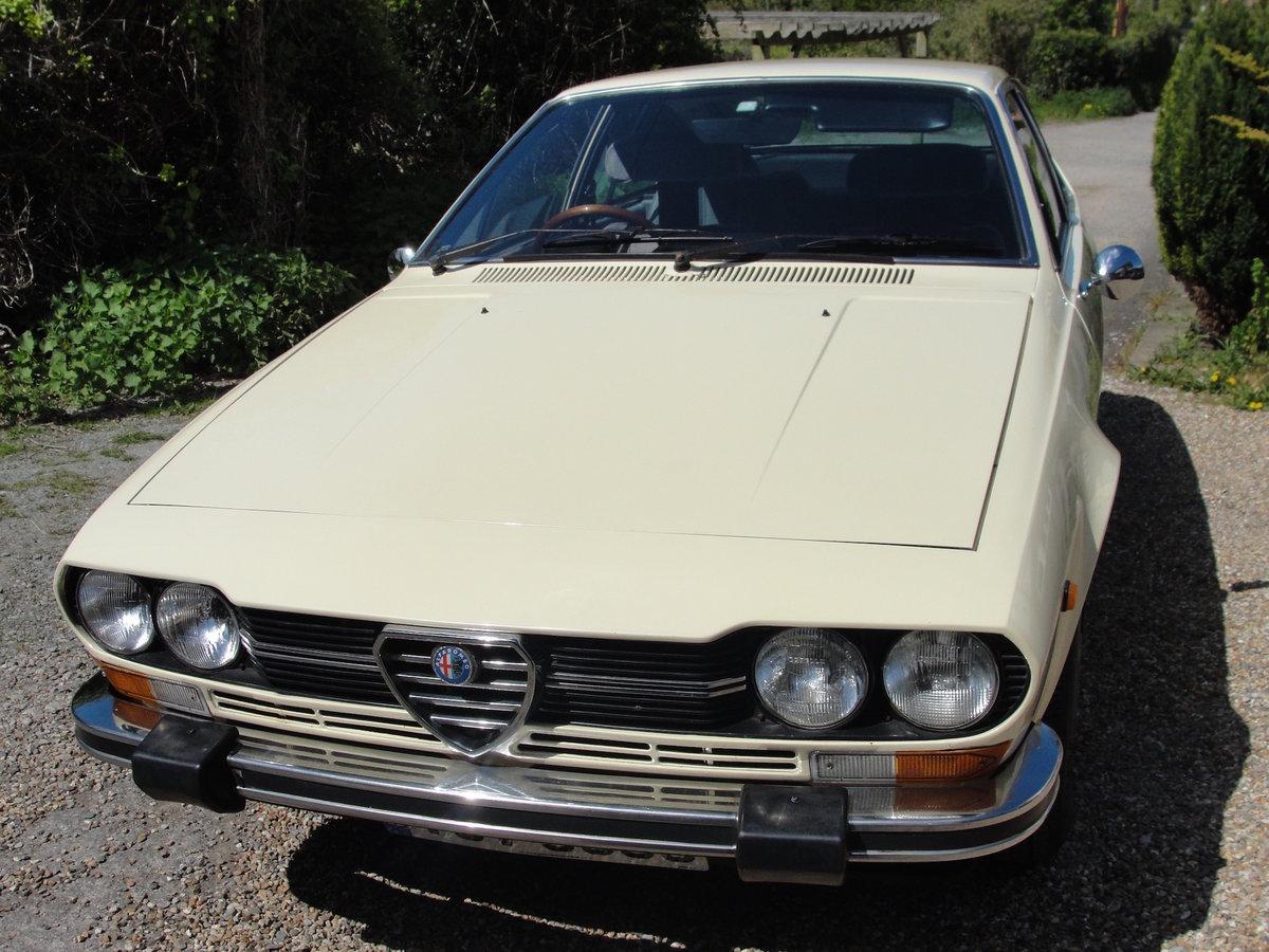 1977 ALFA ROMEO ALFETTA GTV 2 Litre '77 CREAM RHD SOLD (picture 2 of 6)