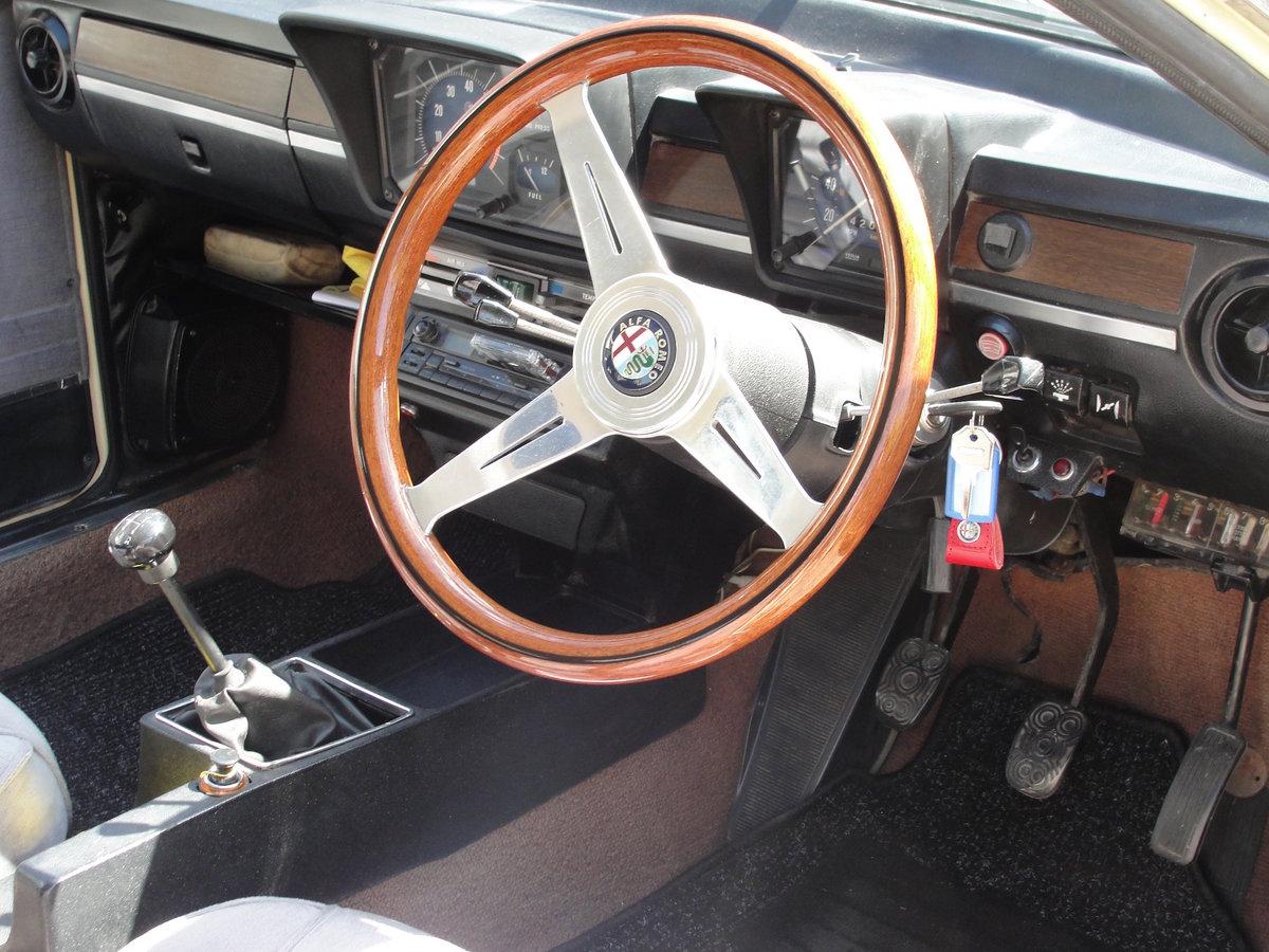 1977 ALFA ROMEO ALFETTA GTV 2 Litre '77 CREAM RHD SOLD (picture 5 of 6)