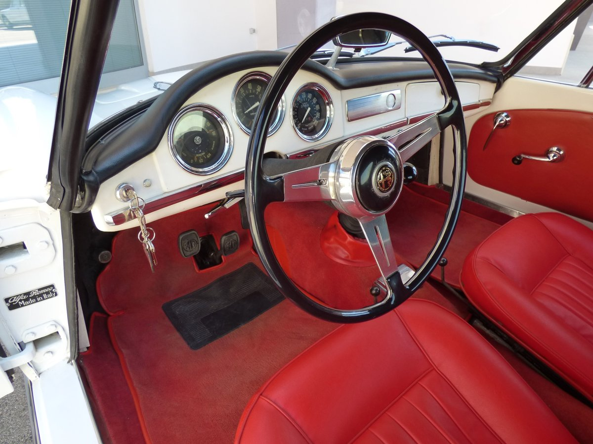 Alfa Romeo Giulia spider 1600 - Freni a disco -1965 For Sale (picture 5 of 6)