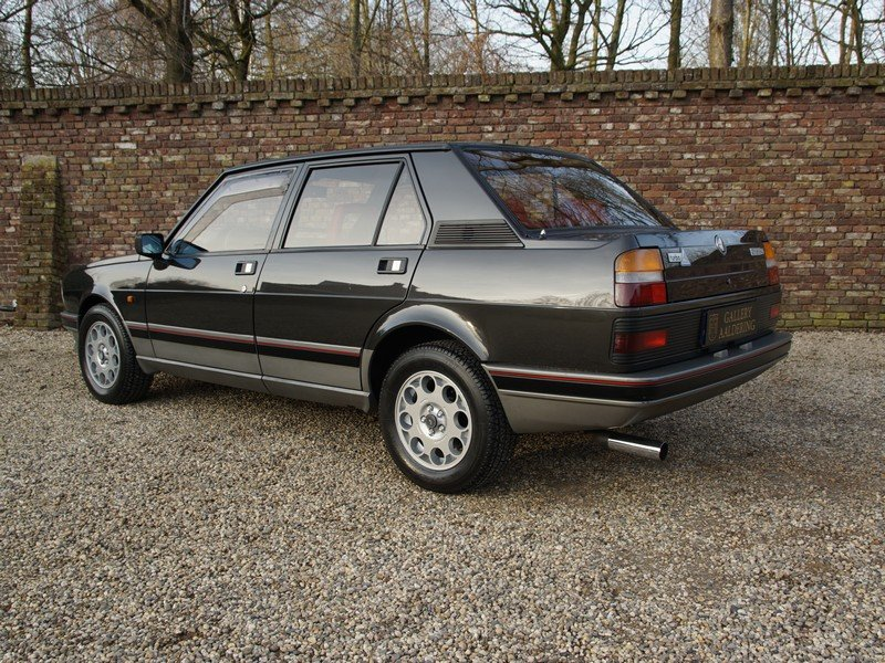 1987 Alfa Romeo Giulietta 2.0 Turbo Autodelta only 361 made. For Sale (picture 2 of 6)