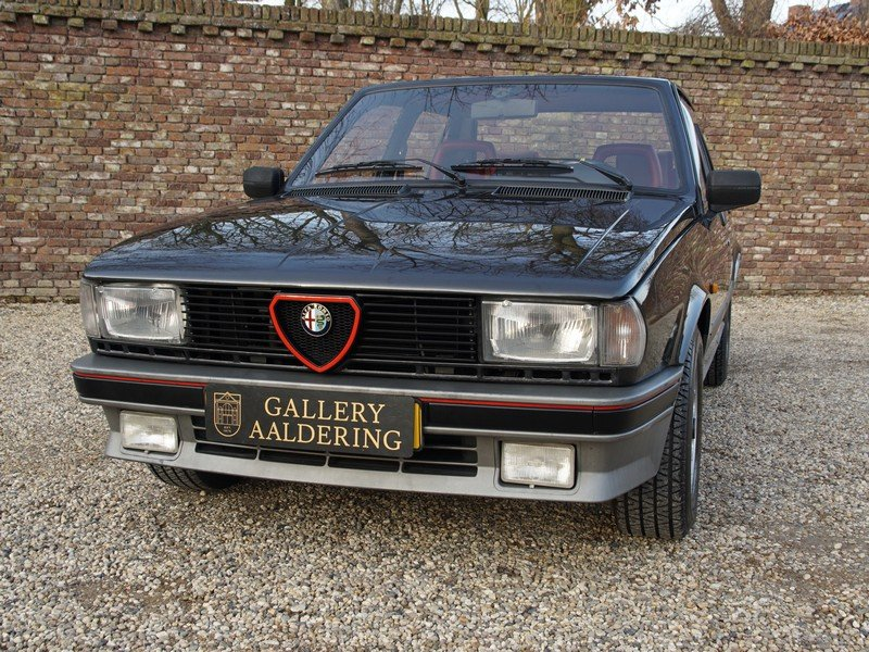 1987 Alfa Romeo Giulietta 2.0 Turbo Autodelta only 361 made. For Sale (picture 5 of 6)