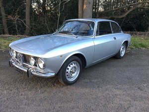 Alfa Romeo 1970 RIGHT HAND DRIVE GTV1750 MK11 For Sale