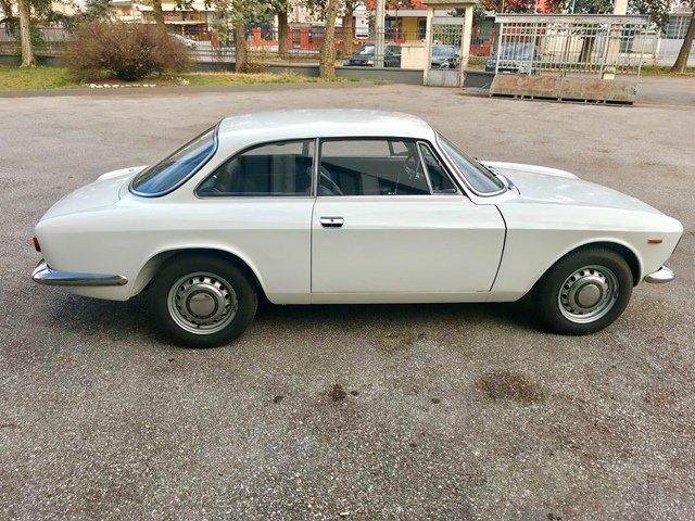 1970  Alfa Romeo - GT Junior 1300 (105.30) - STEPNOSE II S For Sale (picture 3 of 6)