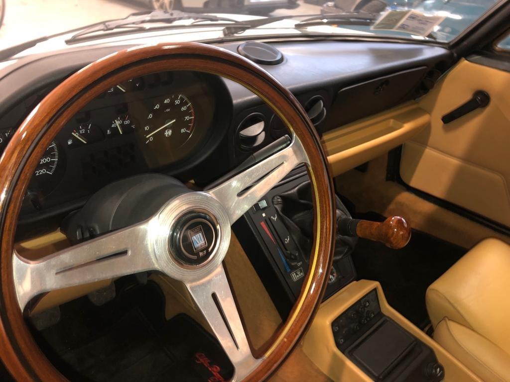 1991 Alfa Romeo Spider Duetto quarta serie For Sale (picture 4 of 6)