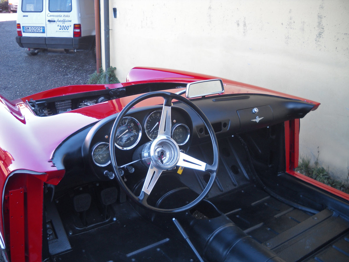 1960 Alfa Romeo 2000 Touring Spider =  driver coming ...€199,000  For Sale (picture 6 of 6)
