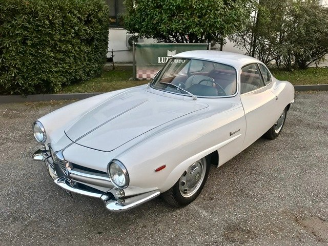1963 ALFA ROMEO GIULIA SPRINT SPECIALE FULL RESTORATION SOLD (picture 1 of 6)