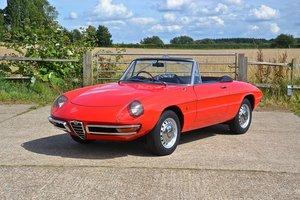 1969 Alfa Romeo 1750 Veloce Spider (RHD) For Sale