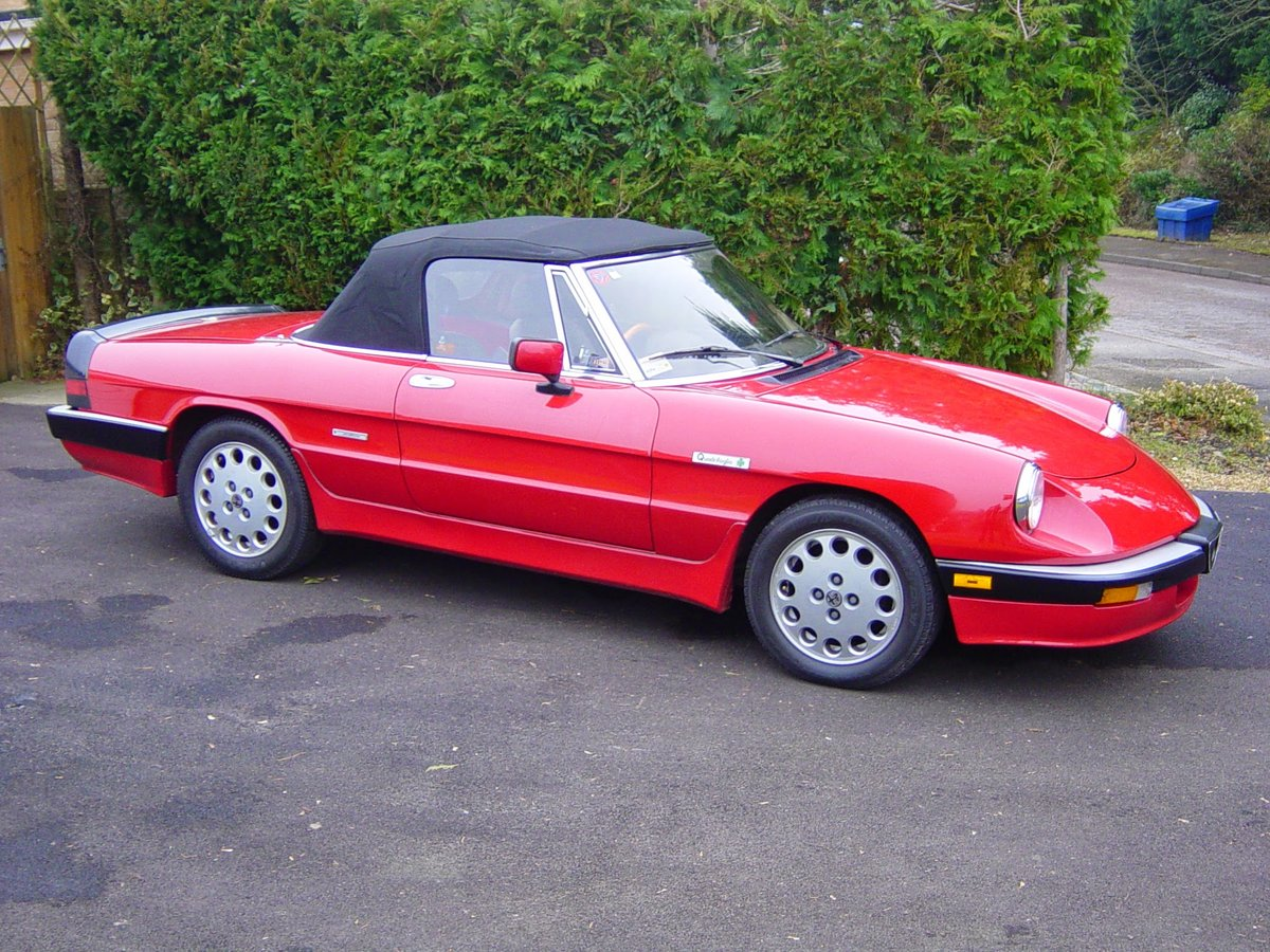 1986 Alfa Romeo series 3 Spider  SOLD (picture 3 of 6)