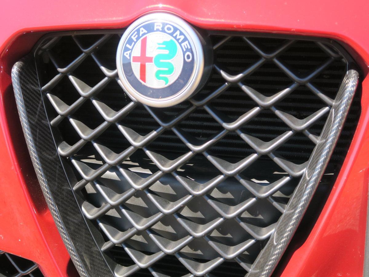 2017 Alfa Romeo Giulia Saloon 2.9V6 BiTurbo 510 SS EU6 Quadrifogl SOLD (picture 6 of 6)