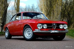 1969 Alfa Romeo 1750 GT Veloce Series 1, ground up restoration SOLD