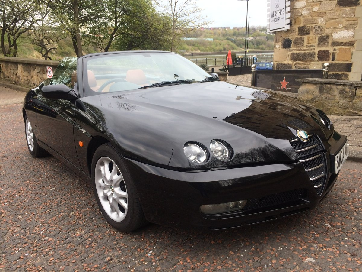 2004 Alfa Romeo spider, JTS Lusso, phase 3. For Sale (picture 1 of 6)
