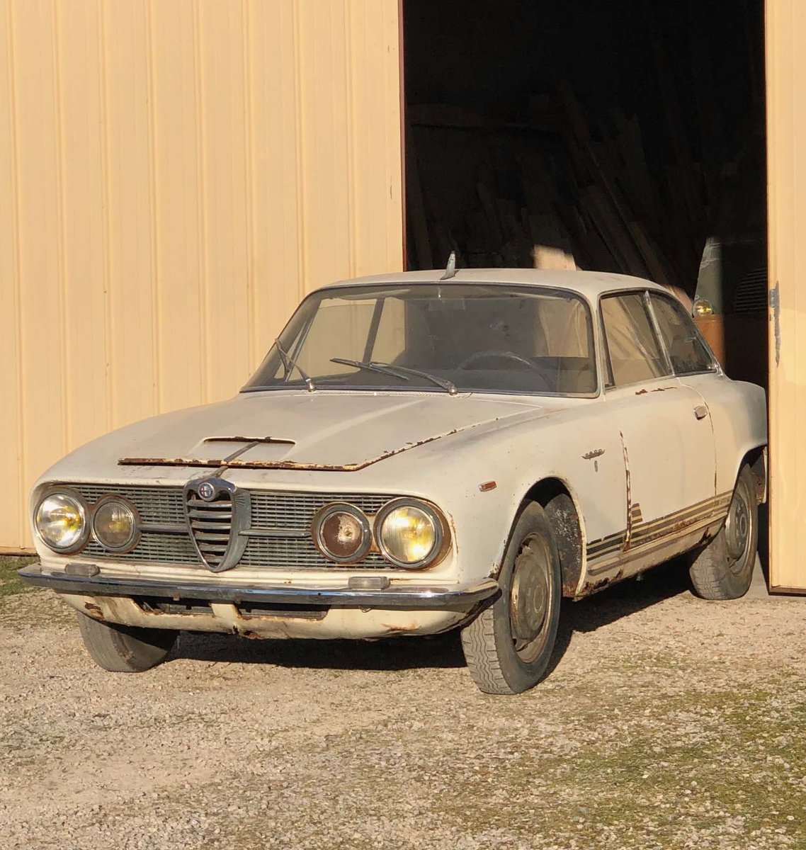 ALFA ROMEO 2600 Sprint – 1963 For Sale by Auction (picture 1 of 6)