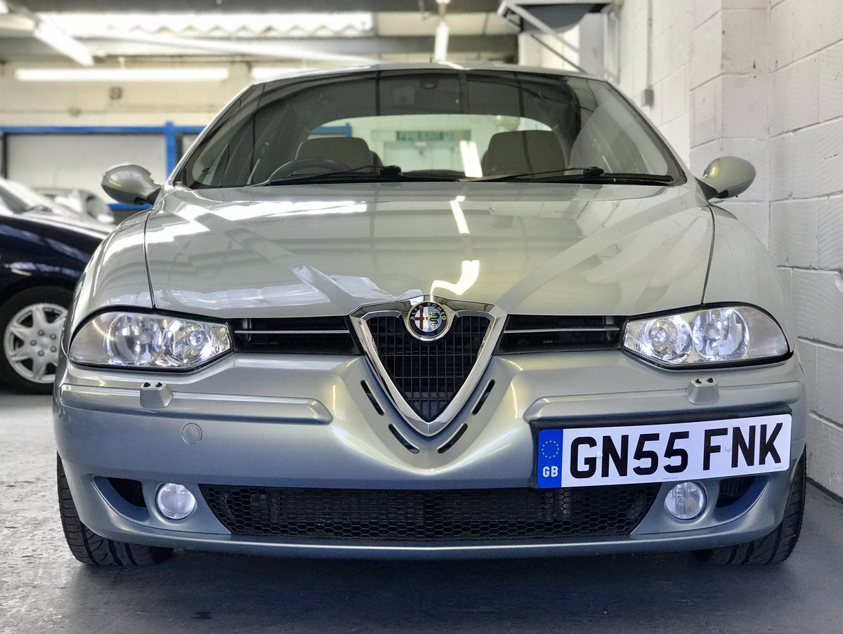 2005 Alfa Romeo 156 2.5 V6 with 17,300 Miles Pearl Paint 2 Owners For Sale (picture 1 of 6)