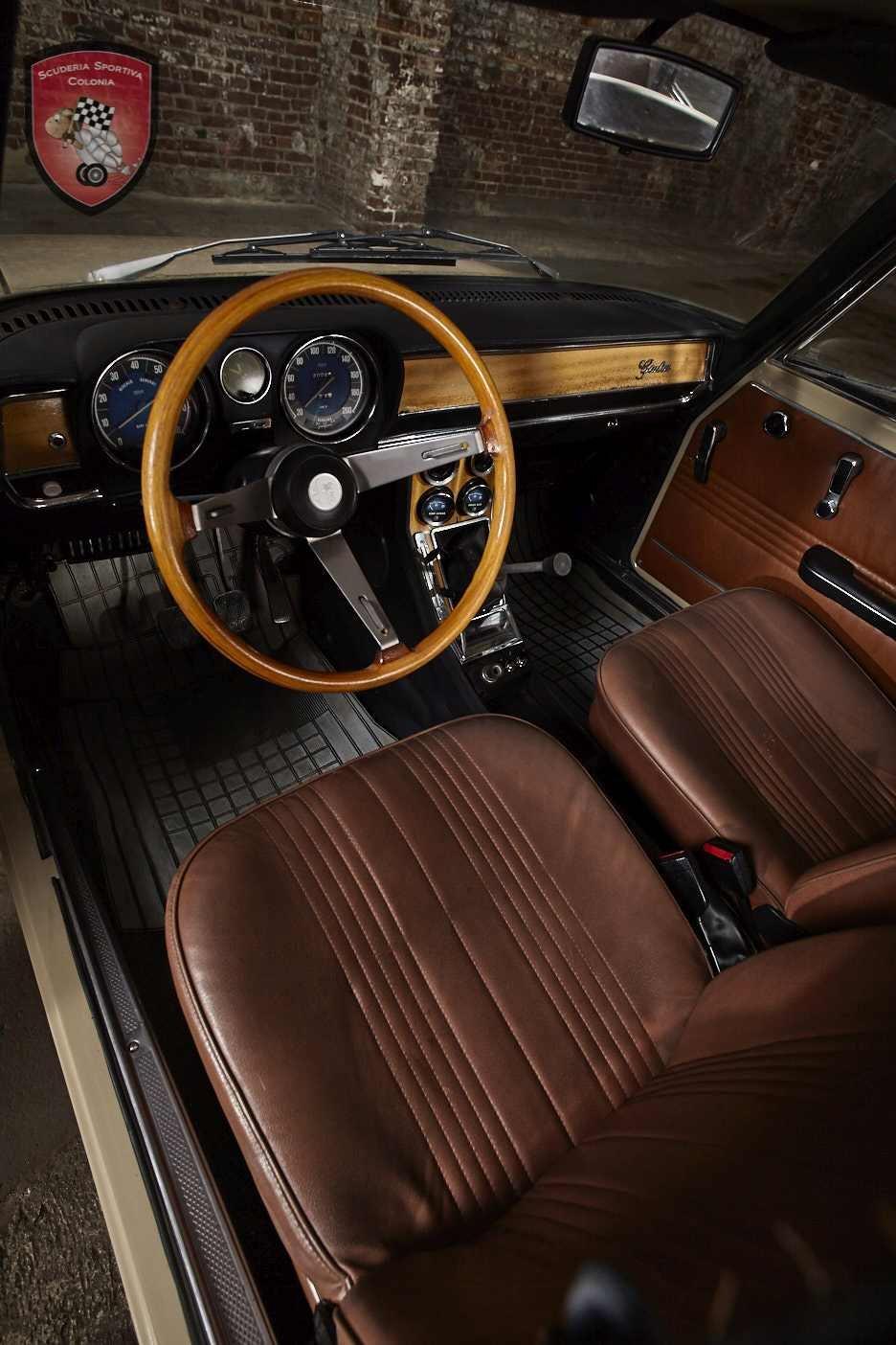 1974 Alfa Romeo Giulia Nuova Super  For Sale (picture 4 of 6)