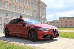 2015 Alfa Romeo Giulia Quadrifoglio Manual ghearbox
