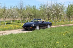 Alfa Romeo Spider 2.0 For Sale by Auction