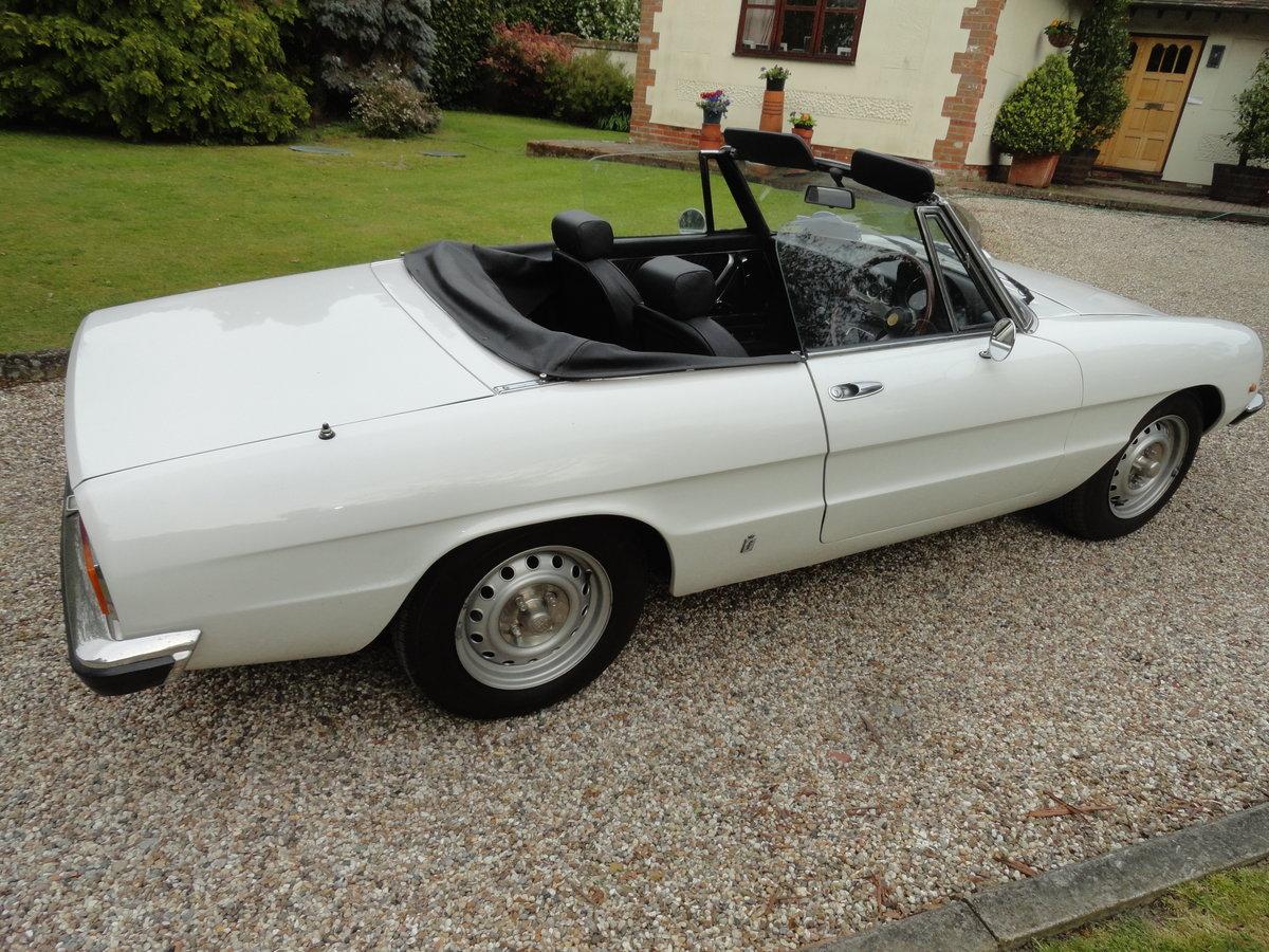 1976 Alfa Romeo S2 Spider Original RHD Car For Sale (picture 2 of 6)