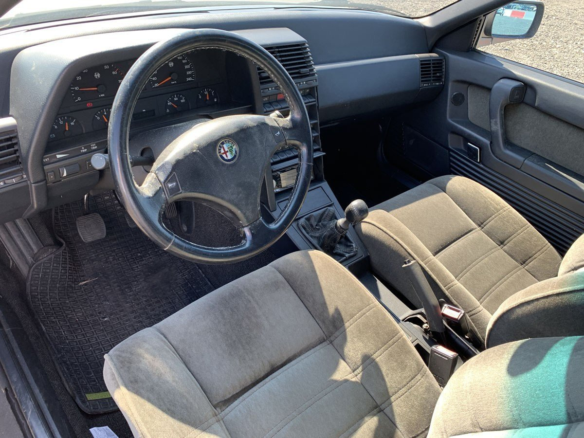 1994 Alfa Romeo 164 Super For Sale by Auction (picture 2 of 5)