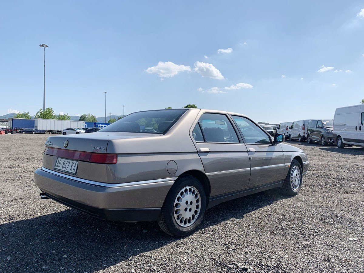 1994 Alfa Romeo 164 Super For Sale by Auction (picture 3 of 5)