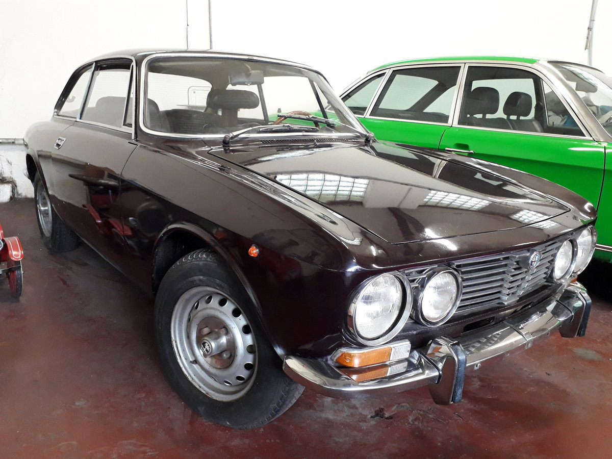 1972 top original Alfa Bertone GTV 2000, two owners For Sale (picture 2 of 6)
