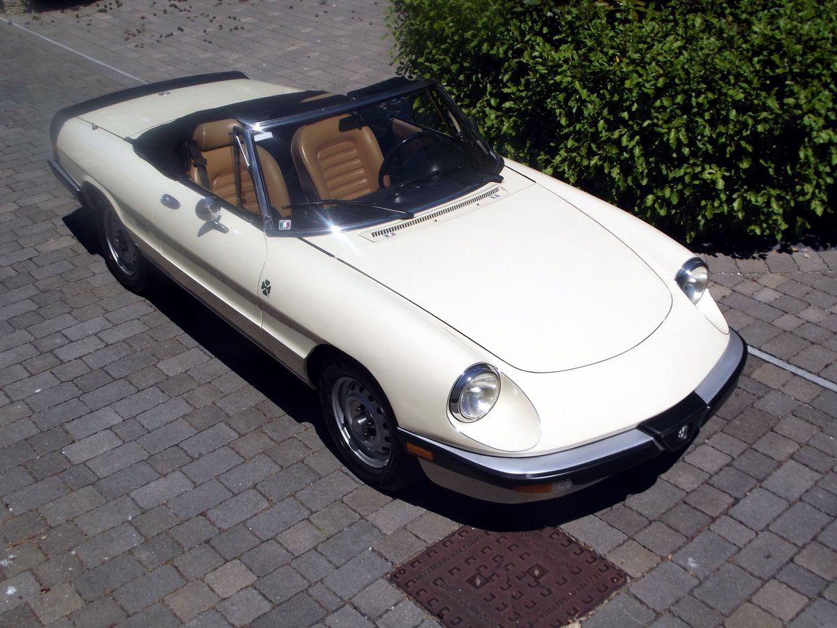 1987 ALFA ROMEO SPIDER Inj  (THE GRADUATE) LHD SOLD (picture 1 of 6)