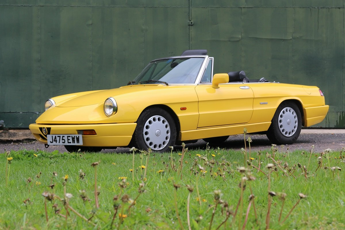 1990 ALFA ROMEO SPIDER 1600 S4 In Giallo Ginestra For Sale (picture 3 of 6)