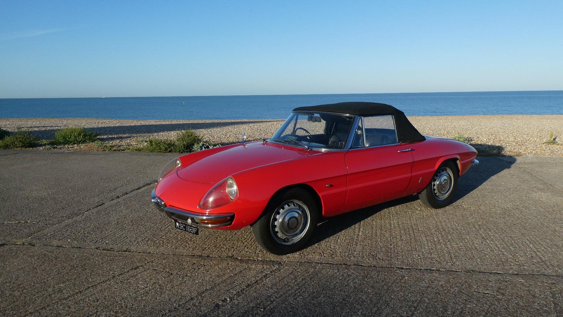 1967 Alfa Romeo Duetto Spider  SOLD (picture 1 of 6)