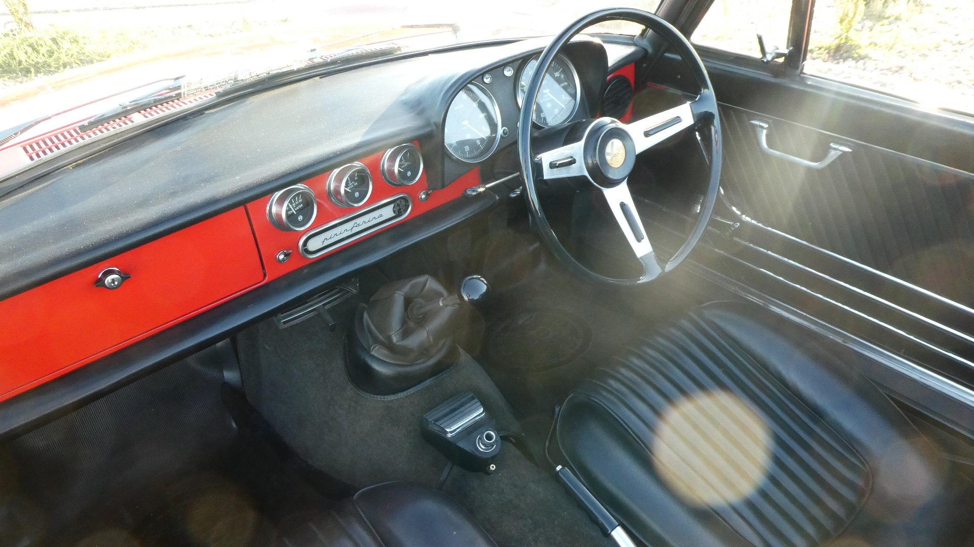 1967 Alfa Romeo Duetto Spider  SOLD (picture 5 of 6)