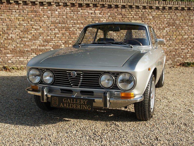 1971 Alfa Romeo 2000 GTV Bertone European car For Sale (picture 5 of 6)