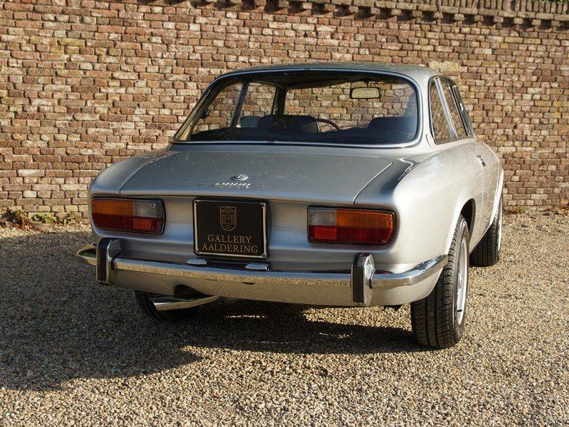 1971 Alfa Romeo 2000 GTV Bertone European car For Sale (picture 6 of 6)