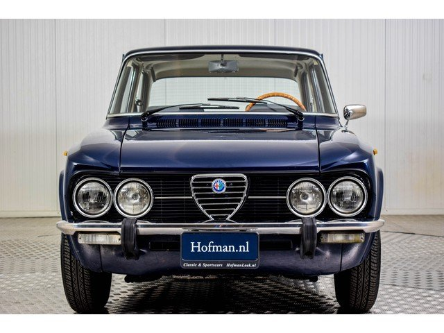 1974 Alfa Romeo Giulia Super Nuova 1300 For Sale (picture 3 of 6)