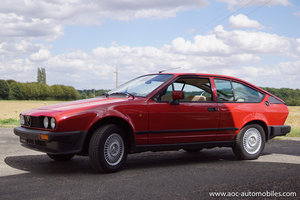 Alfa-Romeo GTV coupé - First paint - low mileage + books