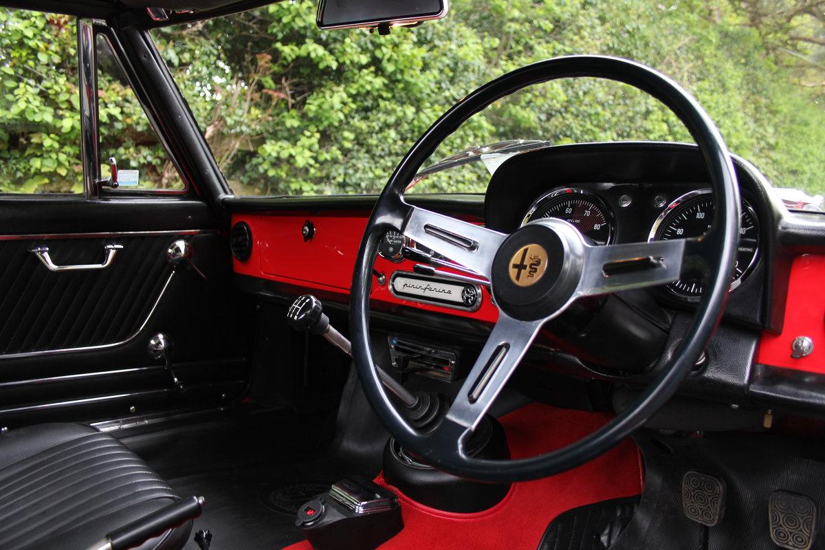 1967 Alfa Romeo Spider 1600 Duetto - Pristine Condition SOLD (picture 6 of 12)