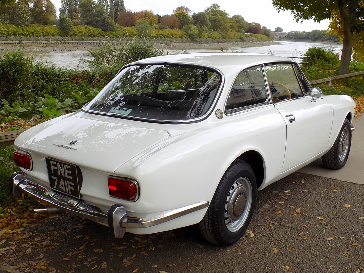 1968 ALFA ROMEO 1750 GT VELOCE SOLD (picture 2 of 6)