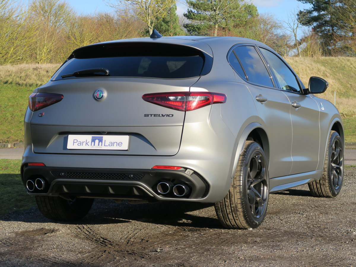 2018 Alfa Romeo Stelvio 2.9V6 510 Quadrifoglio NRING For Sale (picture 3 of 6)