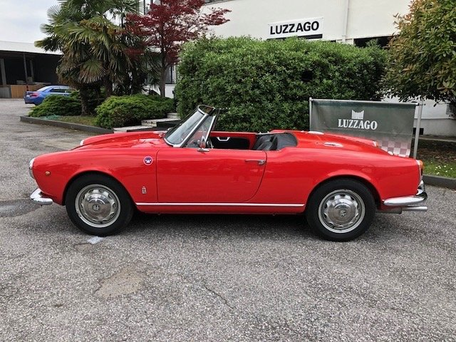 1963 ALFA ROMEO GIULIA SPIDER 1600 OMOL.ASI ORO SOLD (picture 2 of 6)