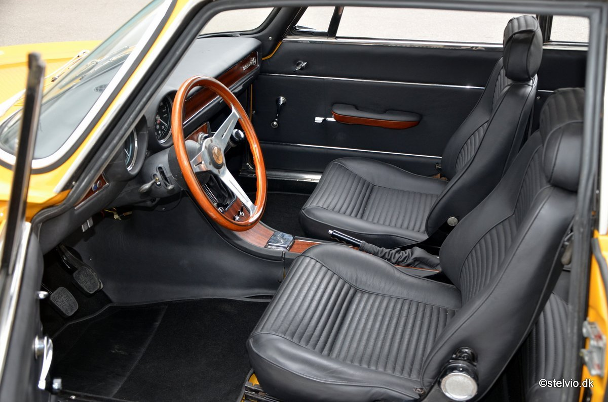 1971 Alfa Romeo 1750 GT Veloce, Ground-Up restoration For Sale (picture 4 of 6)